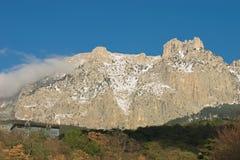 Montagna Ai-Petry all'inverno. Immagini Stock