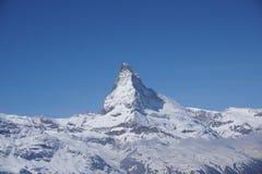 Montagna alta chiusa del Cervino in svizzero Immagini Stock