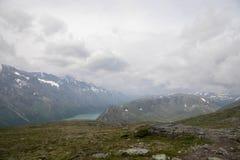Montagna che fa un'escursione in Norvegia Fotografia Stock