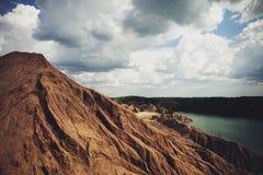 Montagna con il lago Fotografia Stock