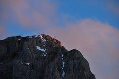 Montagna con il tramonto Immagini Stock