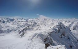 Montagna con la cresta e neve nell'inverno, GEN del ¼ di HochfÃ, Austria Fotografia Stock Libera da Diritti
