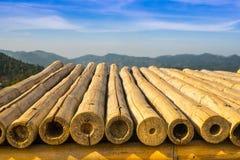 Montagna con la tavola di bambù Tailandia Fotografia Stock