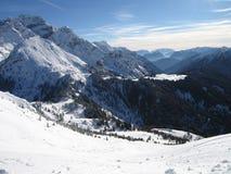 Montagna con neve Fotografia Stock Libera da Diritti