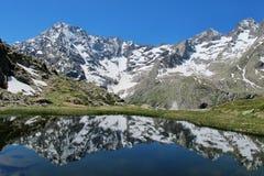 Montagna del lago reflection fotografia stock
