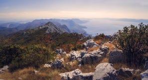 Montagna del mare Immagini Stock