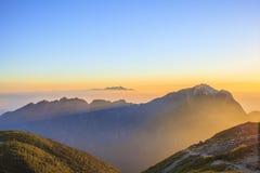 Montagna del sole di mattina Fotografia Stock