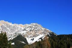 Montagna dell'Austria di inverno nelle alpi Fotografia Stock
