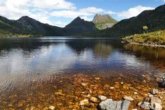 Montagna della culla e lago dove fotografia stock libera da diritti