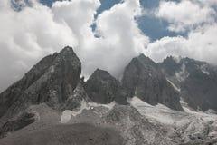 Montagna della neve del drago della giada Immagini Stock Libere da Diritti
