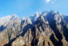 Montagna della neve del drago della giada fotografia stock libera da diritti