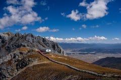 Montagna della neve di Shika Fotografia Stock