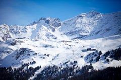 Montagna della neve in Engadin, Svizzera immagine stock libera da diritti