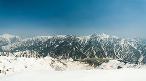 Montagna della neve - KUROBA ALPINO nel Giappone Fotografie Stock