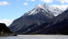 Montagna della neve nel Tibet Fotografie Stock Libere da Diritti