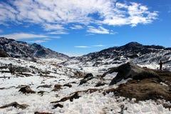 Montagna della neve nella mattina Immagine Stock Libera da Diritti