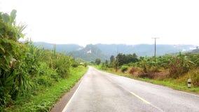 montagna della strada di vista bella fotografia stock