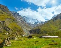 Montagna delle alpi di estate Immagine Stock Libera da Diritti