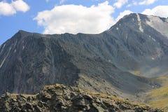 Montagna di Altai in estate Fotografia Stock Libera da Diritti