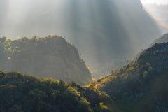 Montagna di Chiang Dao, la terza più alta montagna in Tailandia, nella s Fotografie Stock Libere da Diritti