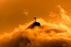 Montagna di Corcovado con Cristo la statua del redentore Immagini Stock