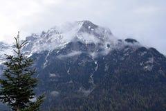 Montagna di Karwendel da Mittenwald, Baviera, Germania Fotografia Stock Libera da Diritti