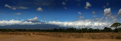 Montagna di Kilimanjaro Fotografie Stock