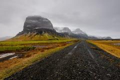 Montagna di Lomagnupur, paesaggio islandese stupefacente immagine stock libera da diritti