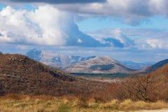 montagna di paesaggio pittoresca Alpi di Dinaric, Bosnia-Erzegovina Fotografia Stock