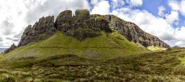 Montagna di panorama su Skye II immagini stock libere da diritti