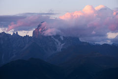 Montagna di punta Ushba Fotografia Stock