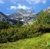 Montagna di Rila, capanna di Malyovitsa, Bulgaria Immagine Stock