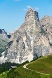 Montagna di Sasshonger della regione di Alta Badia su estate nella i nordica Fotografie Stock