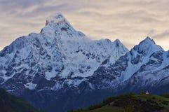 Montagna di Siguniang Immagini Stock