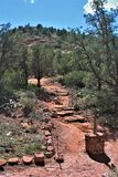 Montagna di Sugarloaf, traccia della sommità, la contea di Maricopa, Sedona, Arizona, Stati Uniti immagini stock libere da diritti