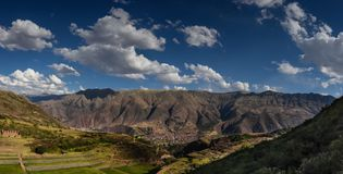 Montagna di Tipon in usco Perù fotografie stock