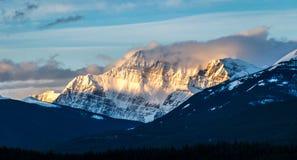 Montagna in diaspro della luce di mattina fotografia stock libera da diritti