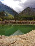 Montagna dura nella Federazione Russa di Caucaso immagini stock libere da diritti