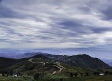 Montagna e cielo Immagine Stock Libera da Diritti