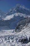 Montagna e ghiacciaio della neve Immagini Stock