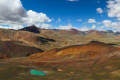 Montagna e lago Immagini Stock