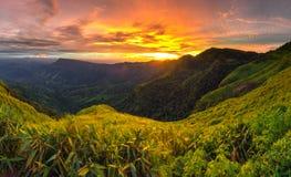 montagna e tramonto Fotografia Stock