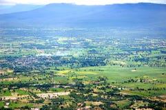 Montagna e valle Immagini Stock Libere da Diritti