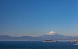 Montagna Fuji e mare nella stagione di autunno Immagine Stock