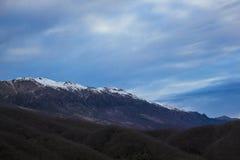 Montagna greca della neve fotografia stock