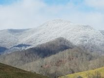 Montagna innevata sopra Maggie Valley North Carolina Fotografia Stock