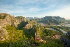 Montagna a Khao Sam Roi Yot National Park fotografia stock