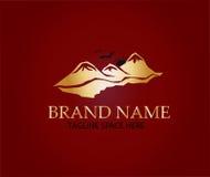 Montagna Logo Design Immagini Stock