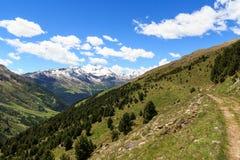Montagna Monte Sobretta e percorso di escursione nelle alpi di Ortler Immagini Stock