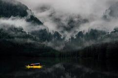 Montagna nebbiosa India immagini stock libere da diritti